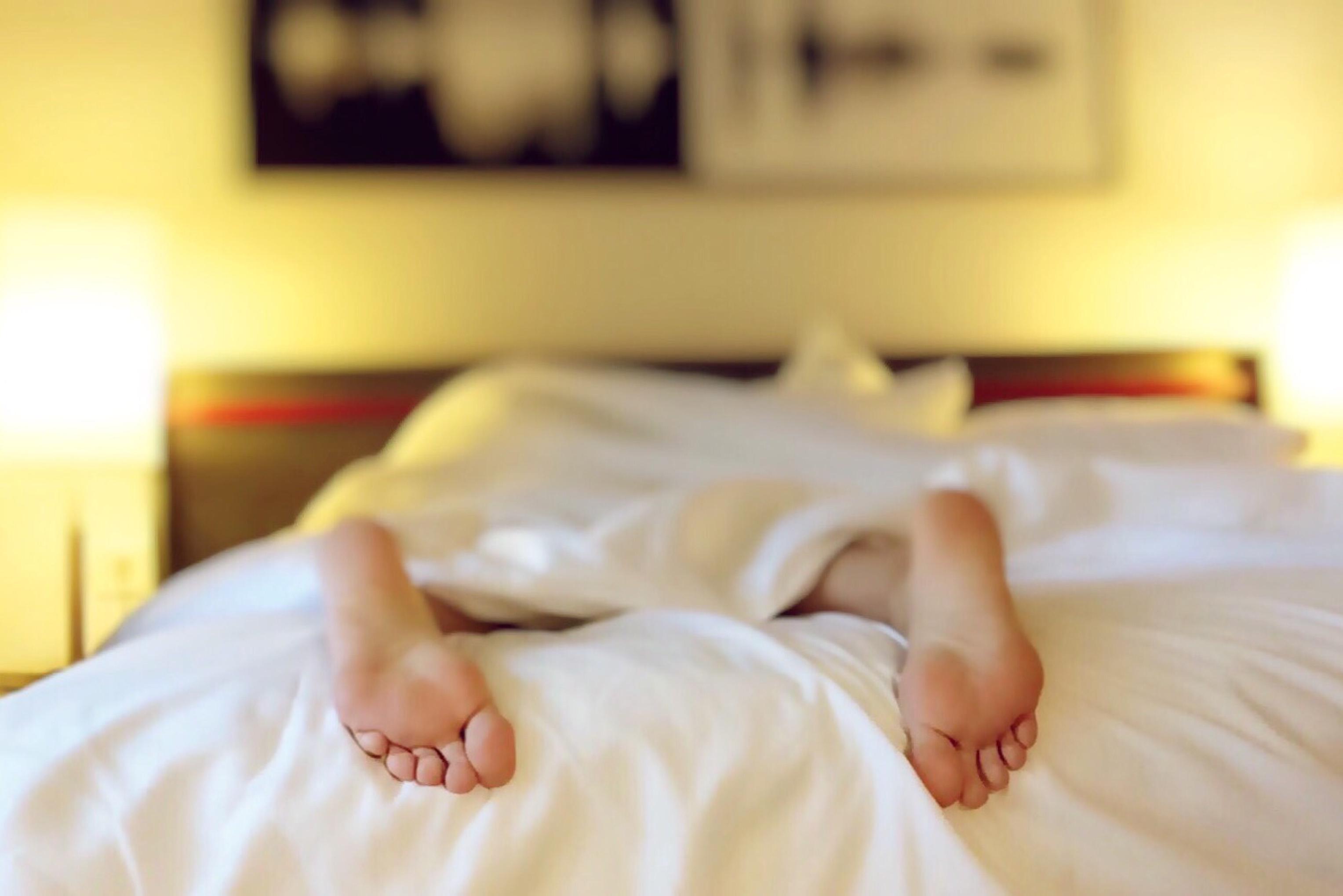 Pression du sommeil : le trop plein qui nous fait dormir